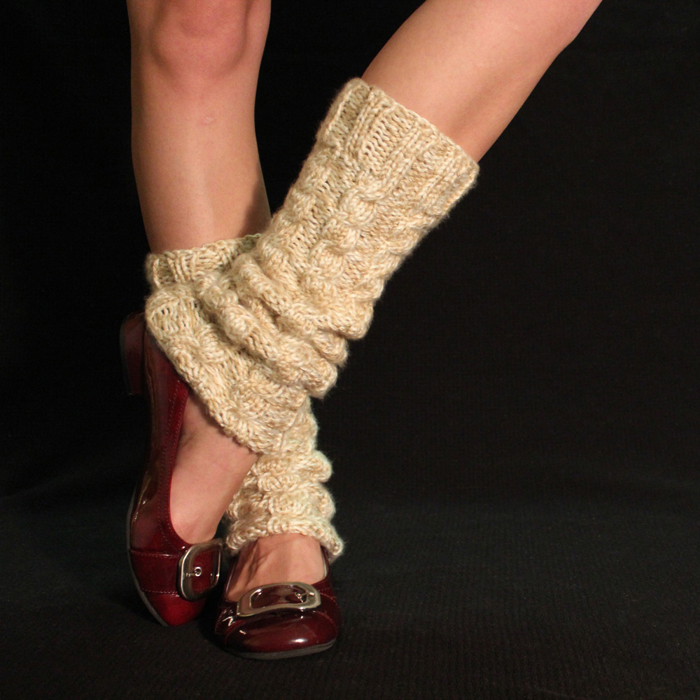 Chunky Knit Socks Pattern : Chunky Cabled Legwarmers/Boot Socks: free knitting pattern - Moms Have Questi...