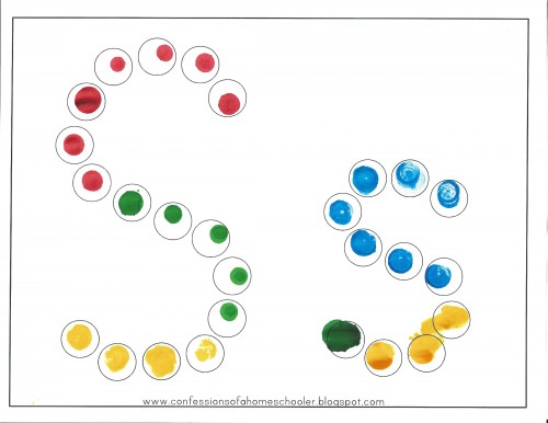 Fun ways to use dot markers or bingo dabbers. Post includes lots of links to fun dot marker pages.