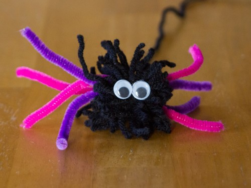Pom Pom Halloween Craft Spider