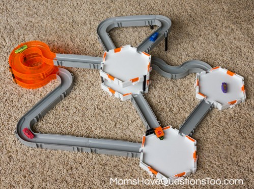 Hexbug Nano Track - A Review of Hexbug Nanos -- Moms Have Questions Too