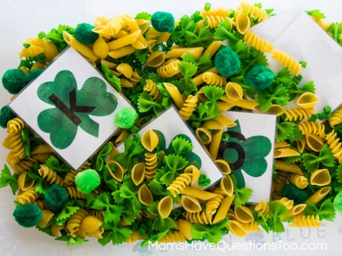 St Patrick's Day Sensory Bins and Treasure Hunts for Kids -- Moms Have Questions Too