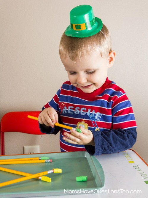 St Patrick's Day Tot School Ideas -- Moms Have Questions Too