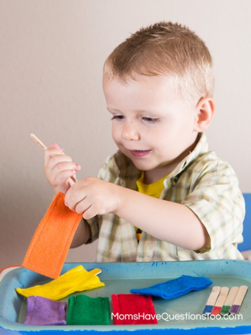 Popsicle Stick Color Matching Game - Moms Have Questions Too