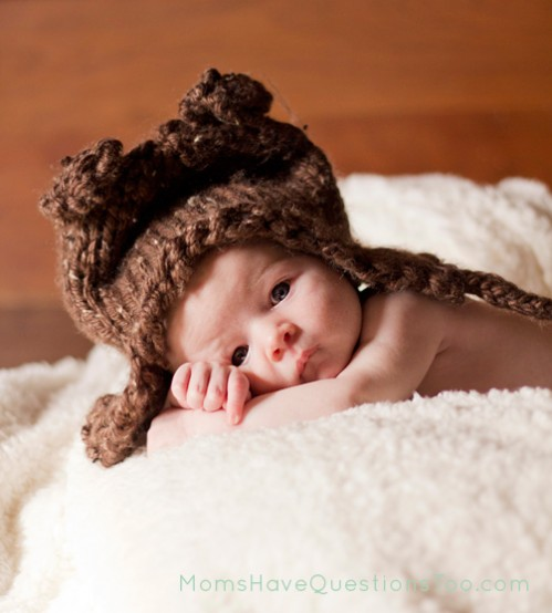 Free Knitting Pattern Baby Bear Chunky Ear Flap Hat - Moms Have Questions Too