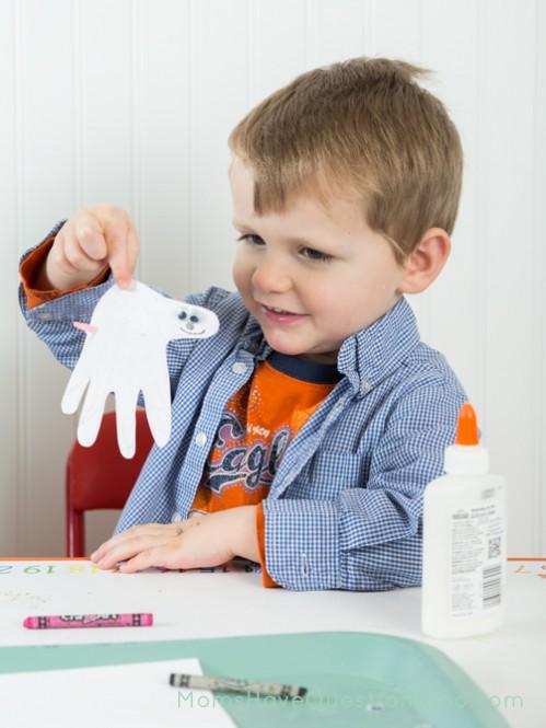 Handprint pig activity - Moms Have Questions Too