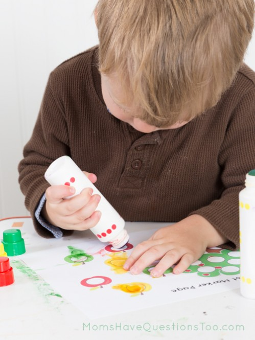 Do a Dot Marker Page for Tot School Trays - Moms Have Questions Too